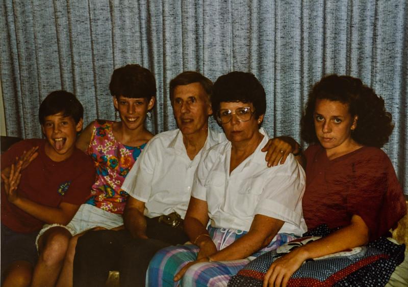 Scott M, Sara, Dad (Scott), Mom (Kathy) Kristen Jarvie 1992