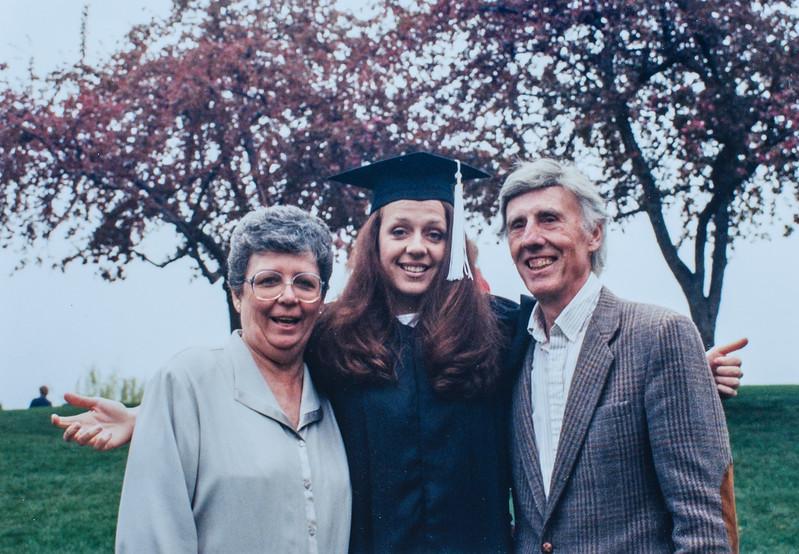 Kathy, Kristen, R. Scott 1999