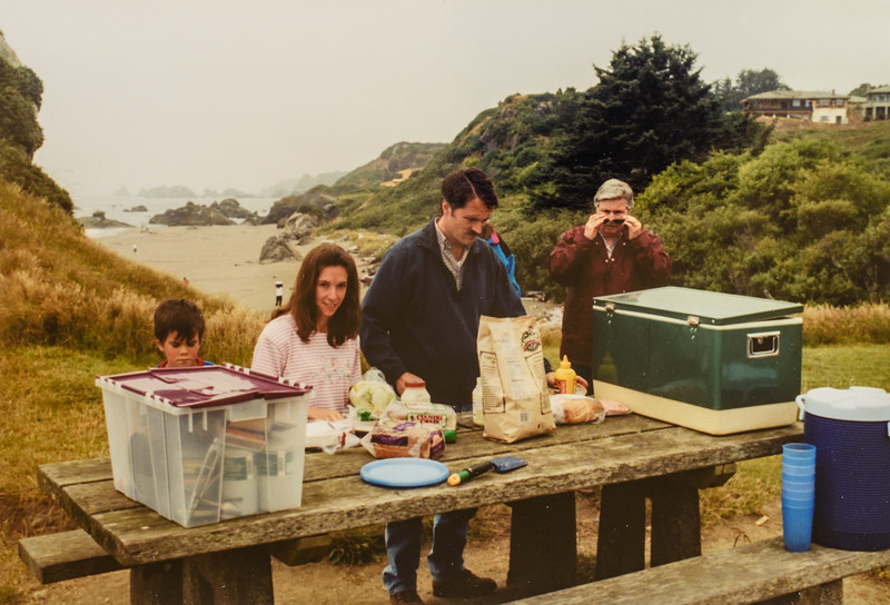 Donavaughn, Jodi, Jay, Ellen at Brookings Harris Beach