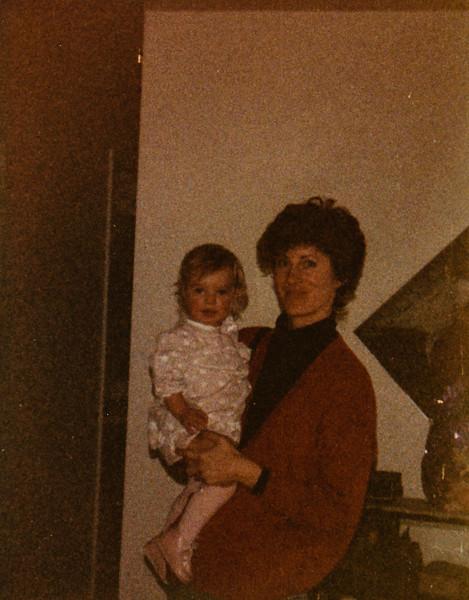 Vonda and Jennie Dickenson 1989