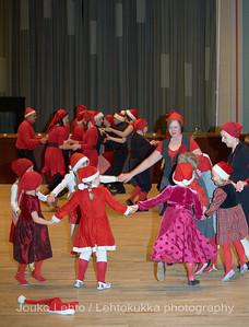 Nokian Karjala-seuran ja Karjalaisen nuorisoseuran pikkujoulut 4.12.2009 - The Carelian Society of Nokia and Nokia C. Youth Society Christmas Party at 4th of December 2009