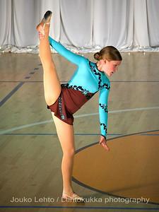 Nokian Pyryn voimistelujaoston kevätnäytös 23.5.2010 - Nokian Pyry Gymnastics section springshow  23. May 2010. Photo 029 .: Hanna Mäntylä, RV vapaaohjelma