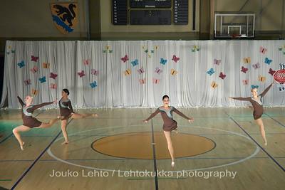 Nokian Pyryn voimistelujaoston kevätnäytös 23.5.2010 - Nokian Pyry Gymnastics section springshow  23. May 2010. Photo 571 . Chrystalls, JV kilpailuohjelma 2010