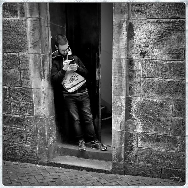 Doorway Phone Checker