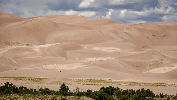 The largest and tallest sand dunes in North America