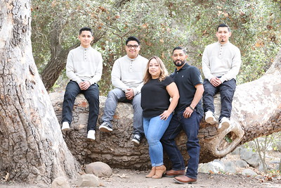 The Landeros Family_021