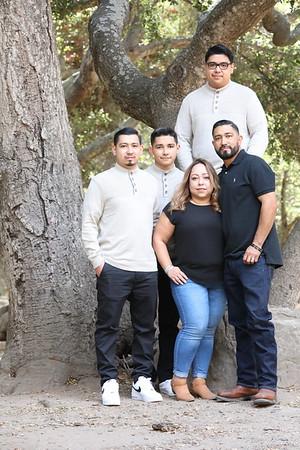 The Landeros Family_001
