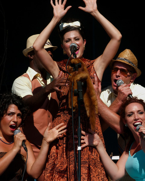 Olexandra Pruchnicky and the Band