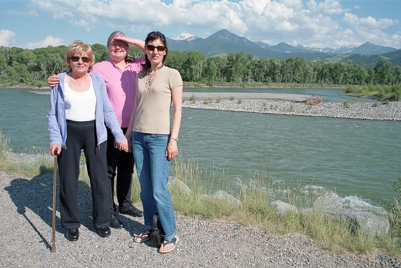 Evelyn Aileen and Mali by the Yellowstone river in Livingston.