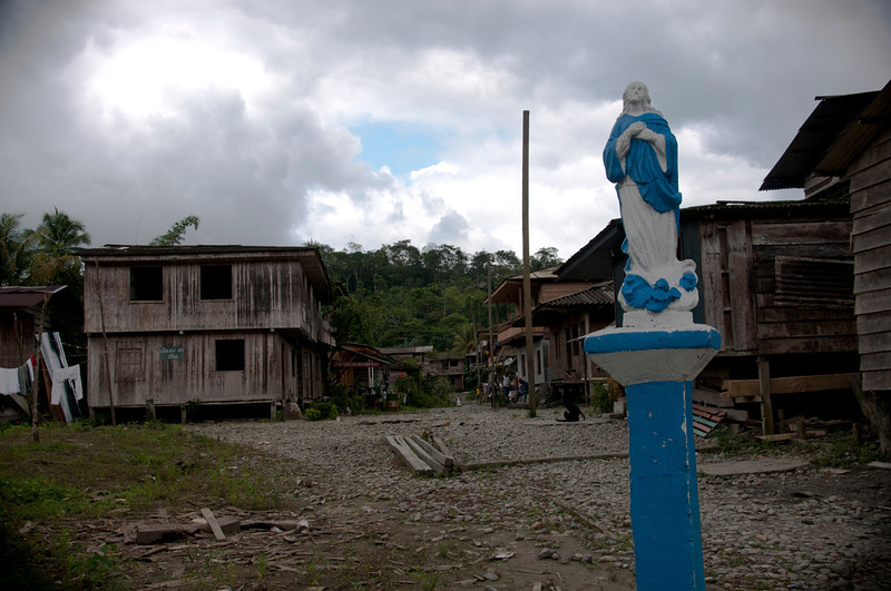 It is hard to believe that this idyllic place is the location where a massacre took place in 2001 when 400 paramilitaries of the Bloque Calima, under the leadership of Hérbert Veloza (alias HH), killed, tortured and displaced the communities of the Naya region. About 4,000 people were forced to leave their homes.
