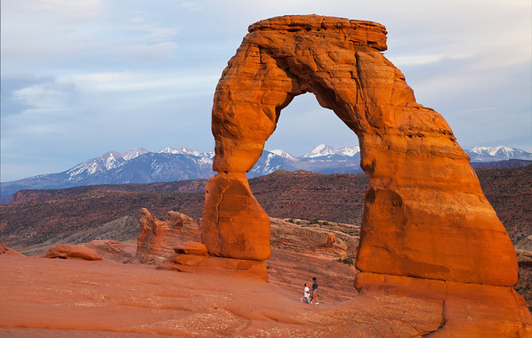 Proposal at the delicate arch in Moab Utah.