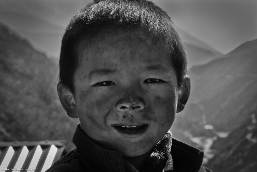 Nepal-portrait-picture-black-and-white