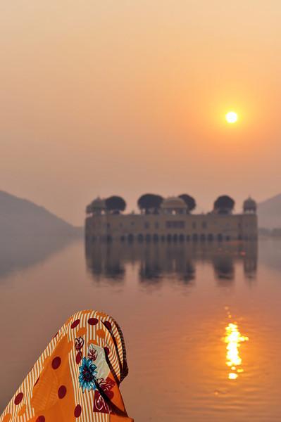Lake palace at sunrise, Jaipur