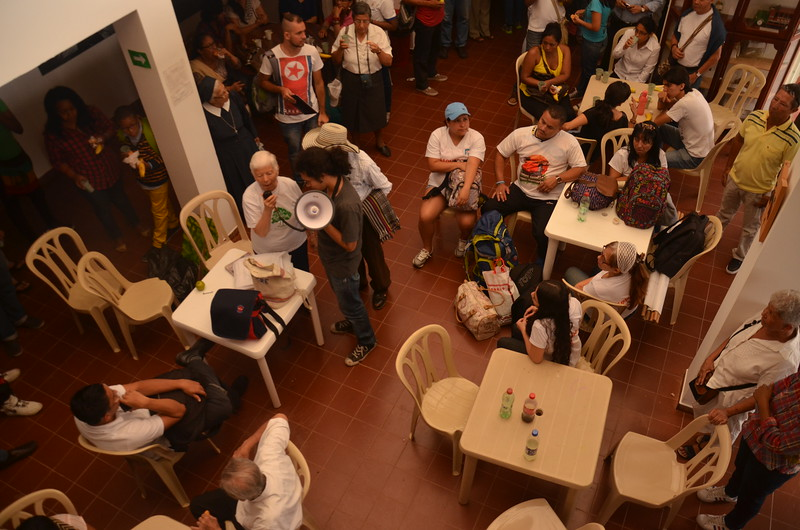Sister Martize Trigos finalises preparations on the day of the public apology, which the IACHR had urged the Colombian State to make as part of this friendly settlement.