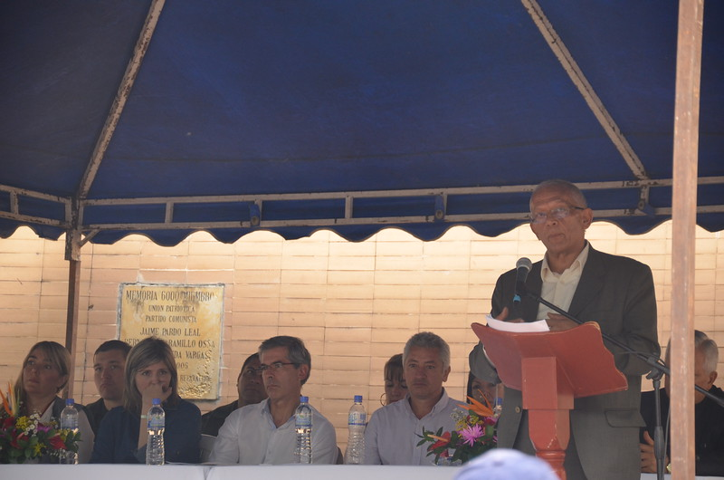 During his speech, Carreño gave the historic background to the achievements in legal terms, the multiple guilty verdicts and the challenges that face the process ahead. During the act, people also heard speeches from the President of AFAVIT, a representative from the National Centre for Historical Memory, from four of Trujillo's victims and from the Minister of Justice.  In their speeches, the victims thanked CCAJAR and PBI's accompaniment during all these the years.