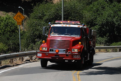 © Joseph Dougherty. All rights reserved.   A fire truck rolls up Tunnel Road.