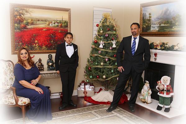 Vicky & Jay Christmas Portraits