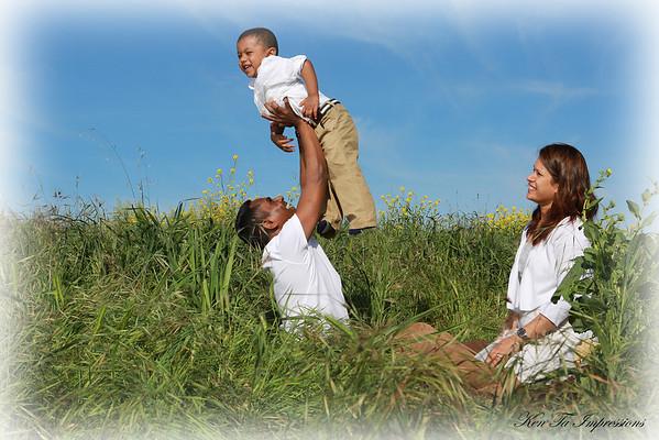 Vijesh & Subbu Outdoor Family Portrait