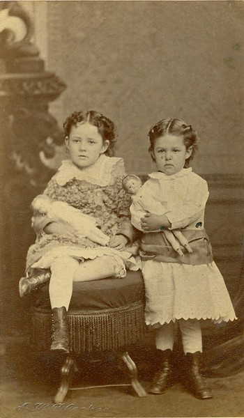 Two Girls with Dolls (07532)