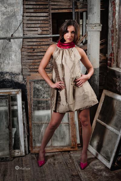 Model: Julia Frazier<br /> Hair: Stefanie Fenton<br /> MUA: Deanna Valizan<br /> Wardrobe: Abigail Carolina