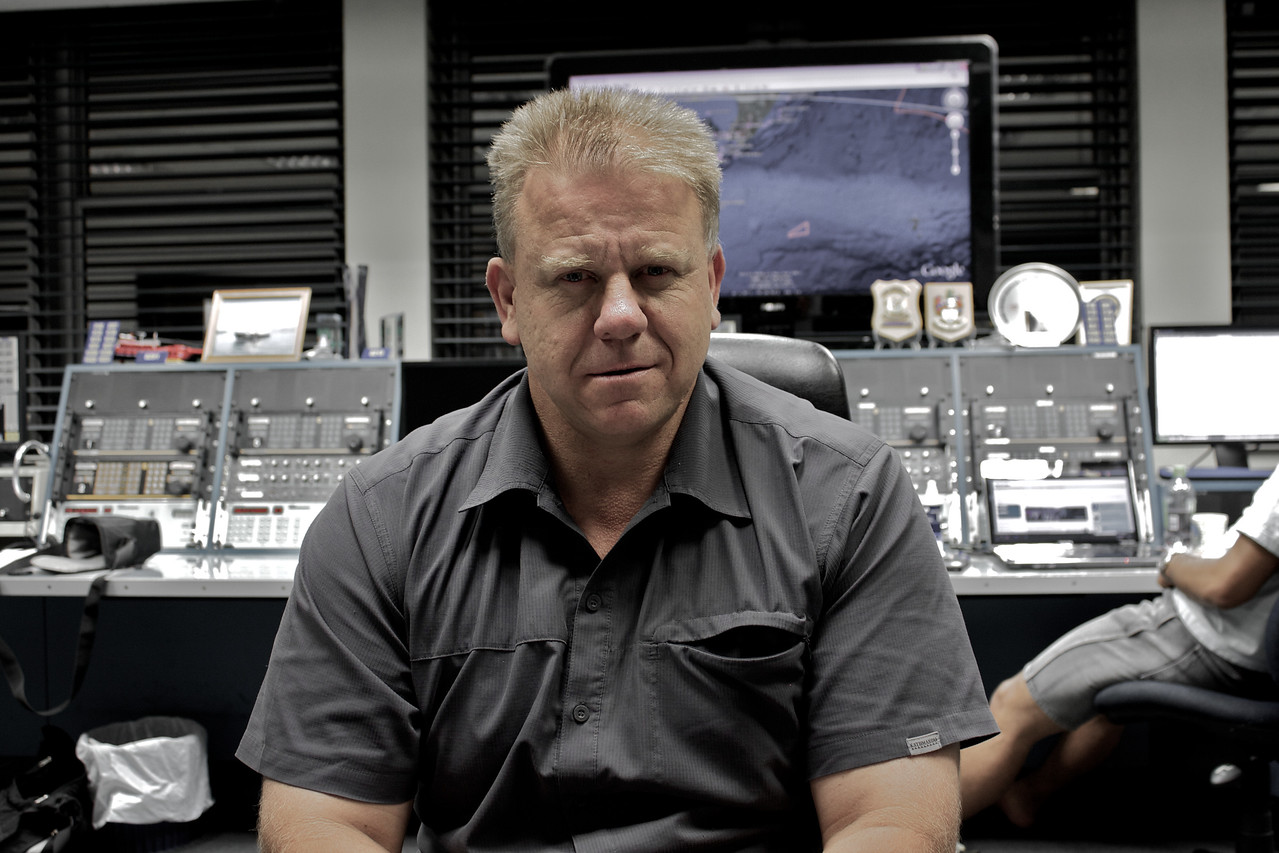 Tony at work at Kordia Maritime Operations Centre / Taupo Maritime Radio/ZLM Feb 2011