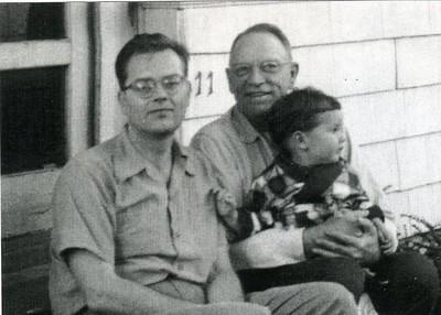 Yancey Family Photograph (4169)