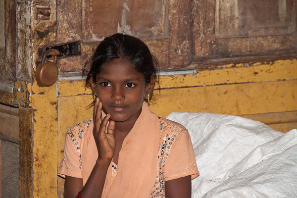 Mumbai market girl