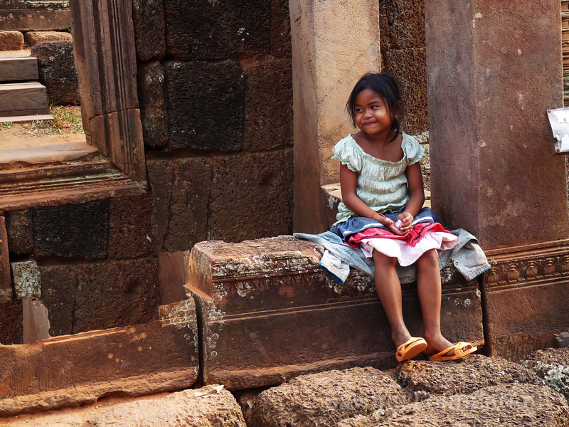Girl at Banteay Srei