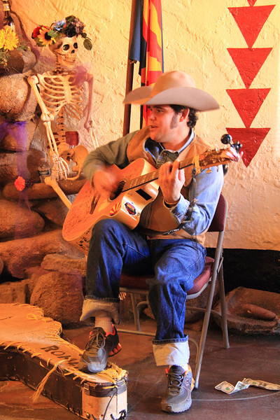Singing Cowboy Danny Romero, Prescott Arizona