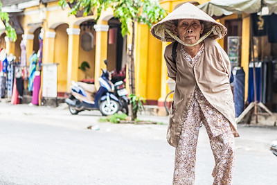 Old Lady Hoi An, vietnam