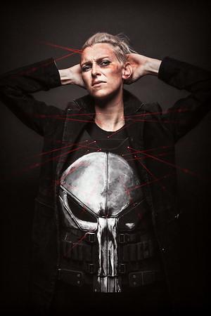 //www.lifestalking.com/Lide/Punisher-Cosplay/