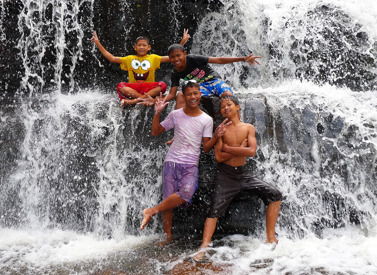 Friends at Phnom Kulen