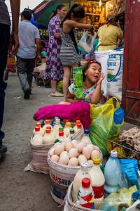 Osh Bazaar || Bishkek, Kyrgyzstan  Canon EOS 6D w/ EF24-105mm f/4L IS USM: 28mm @ ¹⁄₁₀₀ sec, f/7.1, ISO 800