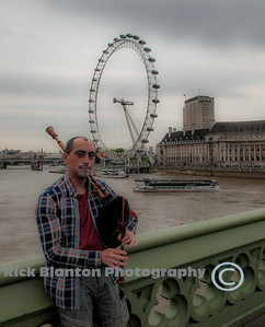 London Bagpipe Performer