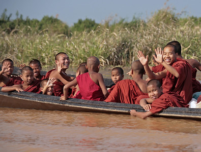 Inle Lake ~ Novice Monks en route to the Full Moon Alms Festival
