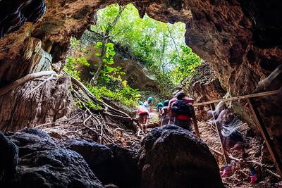 Hiking out of Cueva Ventana