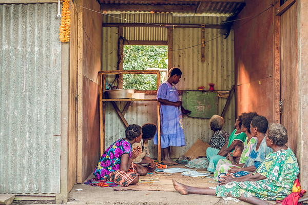 Vanuatu, Tanna, Lamanian, Women's Literacy