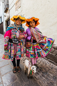 Ladies of Cusco
