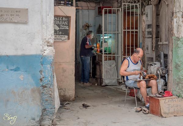 Zapatero Julio. La Habana, Cuba