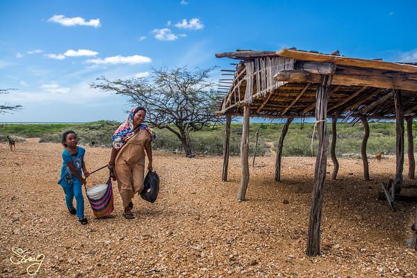 Mom & Daughter Returning Home. La Guajira, Colombia