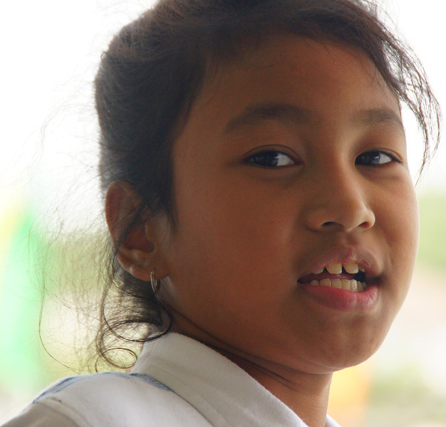 """<a href=""""http://nomadicsamuel.com/category/video-blog"""">http://nomadicsamuel.com/category/video-blog</a> : The faces of Thailand.  Thai people photos.  Candid shots of Thai people from Bangkok, Chiang Mai, Chiang Rai, Ayyutthaya, Floating Market and the Grand National Palace.  Candid portraits showcasing smiles, emotions and everyday life."""