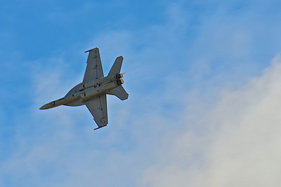MCAS Miramar Air Show 2012 - F/A-18 Hornet Demonstration