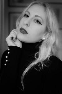 Mélanie, Un Jour de Décembre 2019, à Paris
