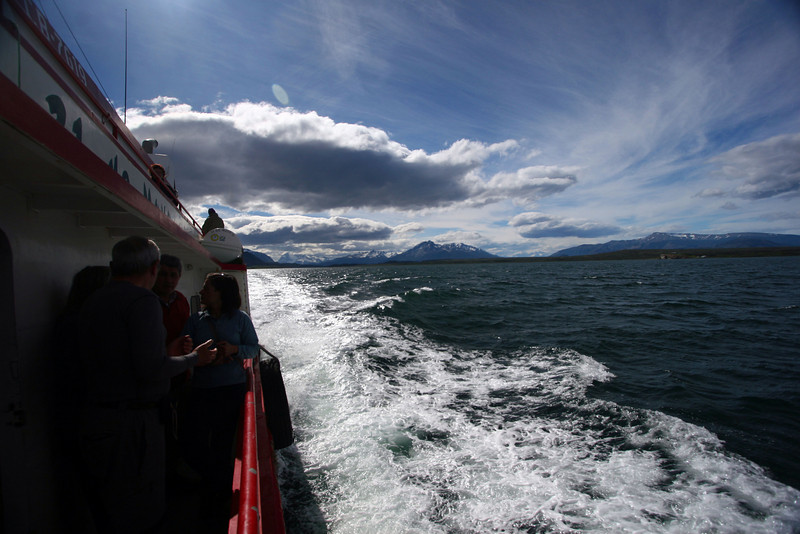 Sailing back to Puerto Natales