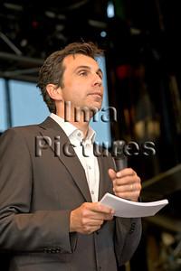 De Borsu, presenter,presentator,présentateur