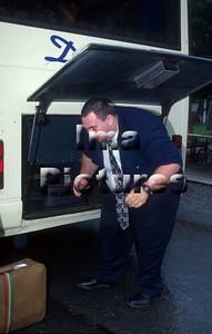 1-40-10-0976 Bus driver,buschauffeur,Chauffeur de bus