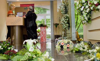 funeral director,begrafenisondernemer,entrepreneur des  pompes funèbres