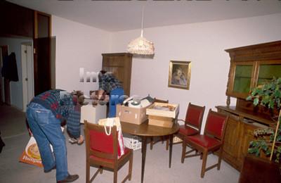 1-40-10-0561 Relocation,verhuizer,relocalisation