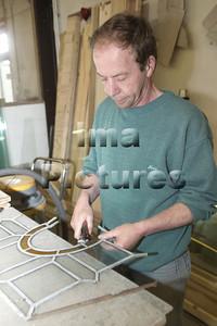 Stained glass artists glazenier Peintre de vitraux