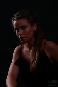 Dark Portrait II — Sötét portré II.